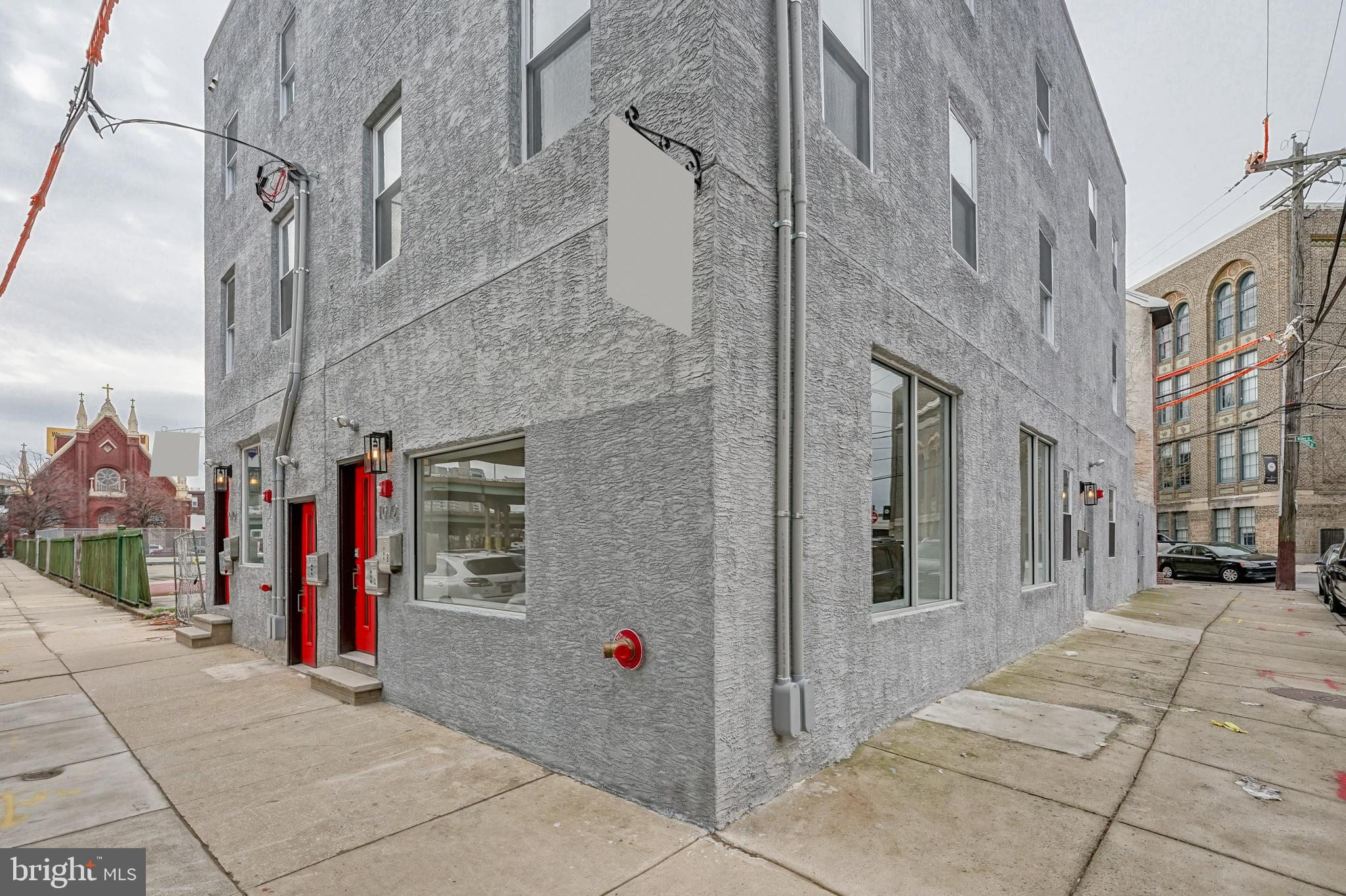 1072 N Front St, Philadelphia, PA, 19123