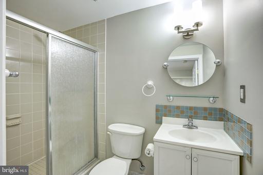 14142 Asher Vw Centreville VA 20121
