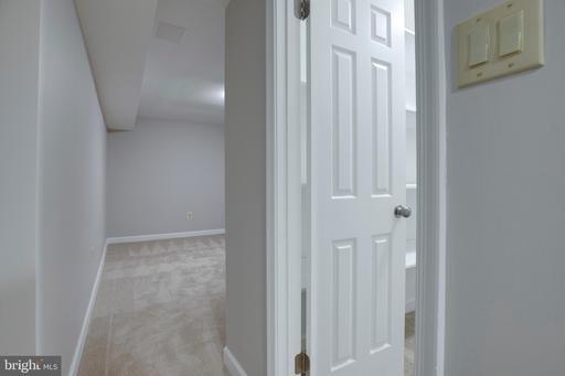 13710 Frankford Cir Centreville VA 20120