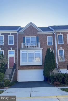 42724 Rolling Rock Sq Chantilly VA 20152