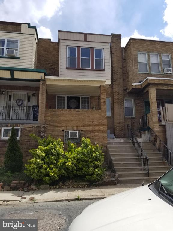 Welcome to 3 Bedroom and 2 Bath, Rowhome on quiet one way street in Allegheny West. Public Transportation and shopping near by. First floor open concept Living space, Dining and Kitchen for entertaining. Second floor 3 sunny Bedrooms, Hall Bath, ample closet space. Basement level includes finished area, large full bath, exit to rear of property. Covered front porch. AS IS Sale, No Repairs.