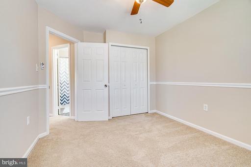 14001 Betsy Ross Ln Centreville VA 20121
