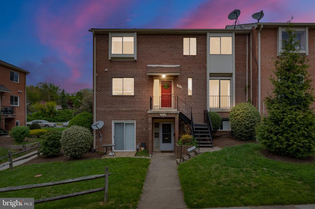4512 Conwell Dr #210