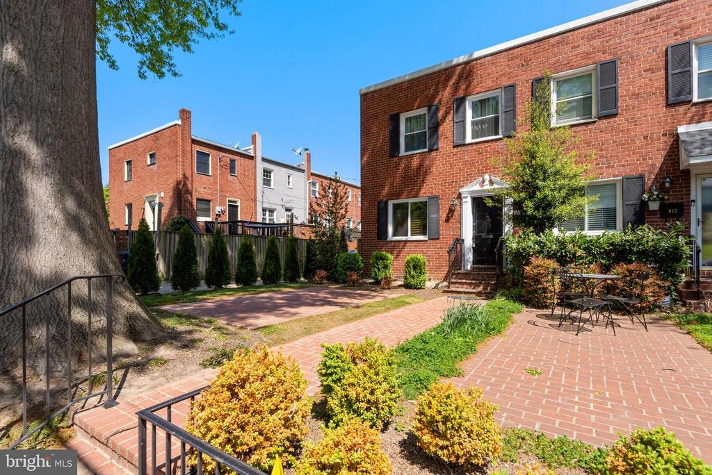 Photo of 815 Jefferson St