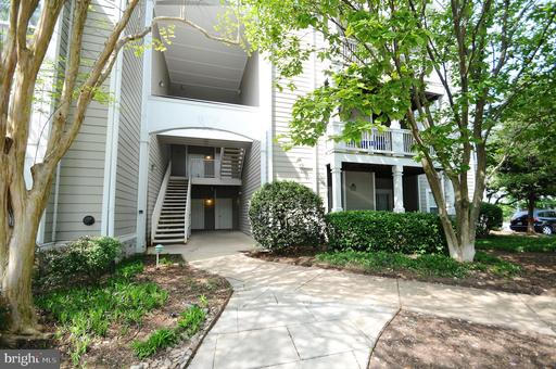 1705 Lake Shore Crest Dr #24