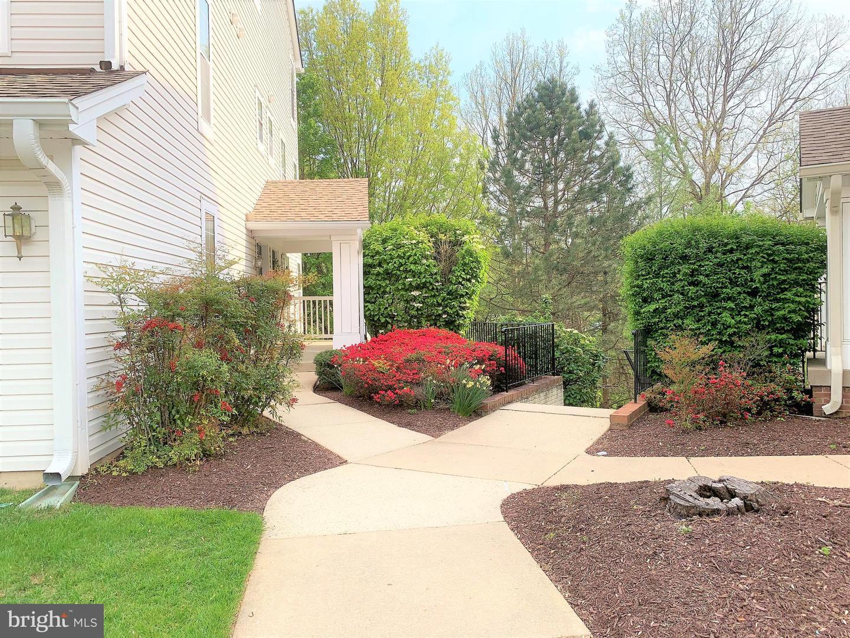 955 Hillside Lake Terrace  #710 - Gaithersburg, Maryland 20878