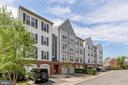 267 S Pickett St #102