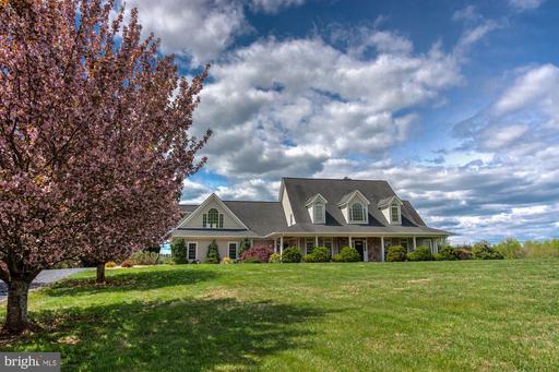 207 Seven Ponds Rd Amissville VA 20106