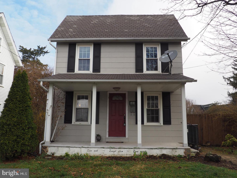 521 E Fairview Street Coopersburg, PA 18036