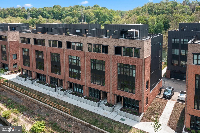 Philadelphia                                                                      , PA - $1,499,990