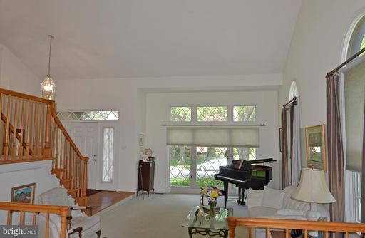 6616 Pelhams Trce Centreville VA 20120