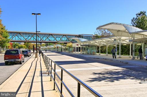6127 Franconia Station Ln Alexandria VA 22310