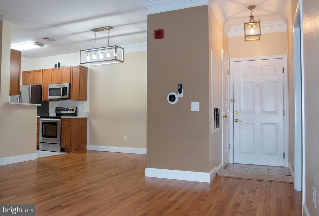 Photo of 1521 Spring Gate Dr #10303