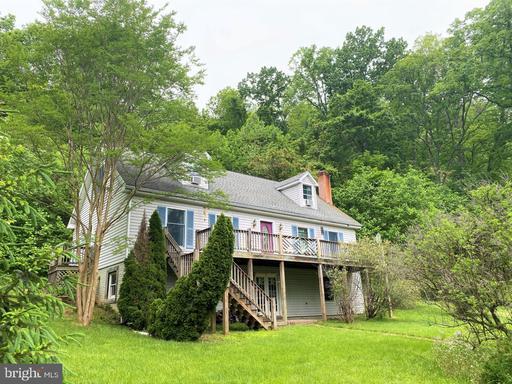 50 Rainbow Ln Amissville VA 20106