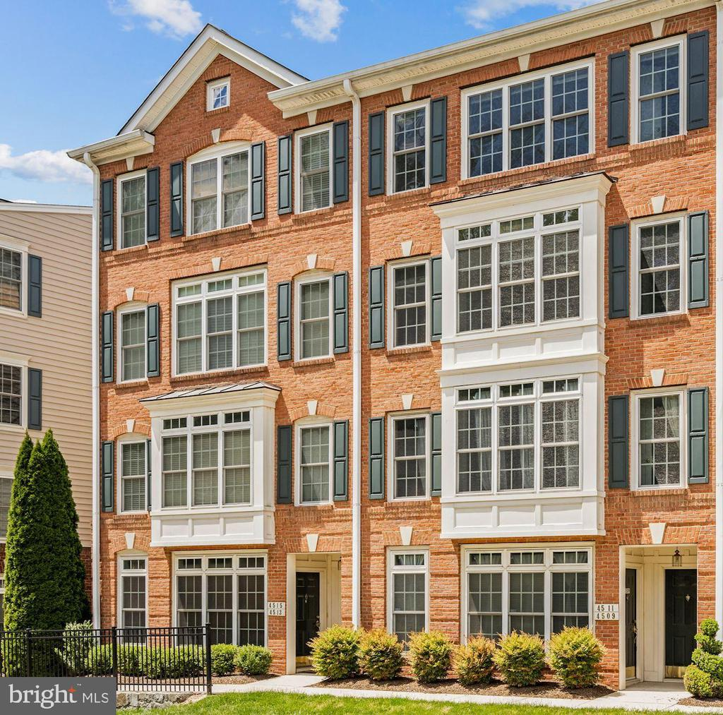 4511 Whittemore Pl #1722