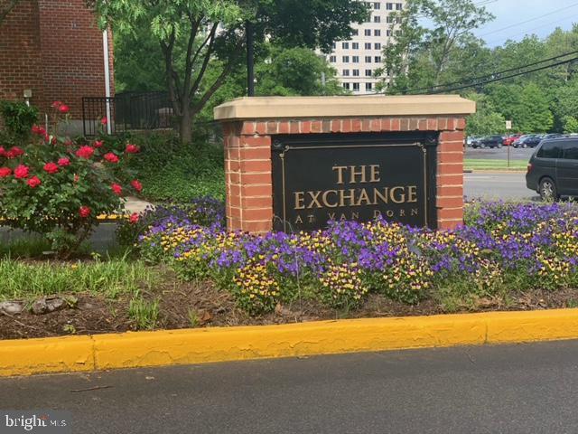 Photo of 4852 Eisenhower Ave #337