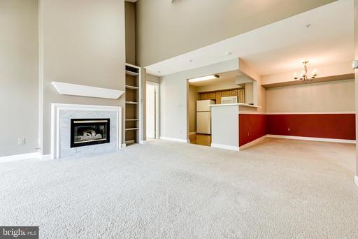 12213 Fairfield House Dr #512b, Fairfax 22033