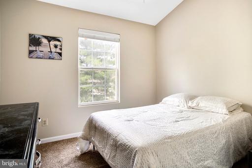 14087 Asher Vw Centreville VA 20121