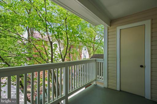 1530 Lincoln Way #204, McLean 22102