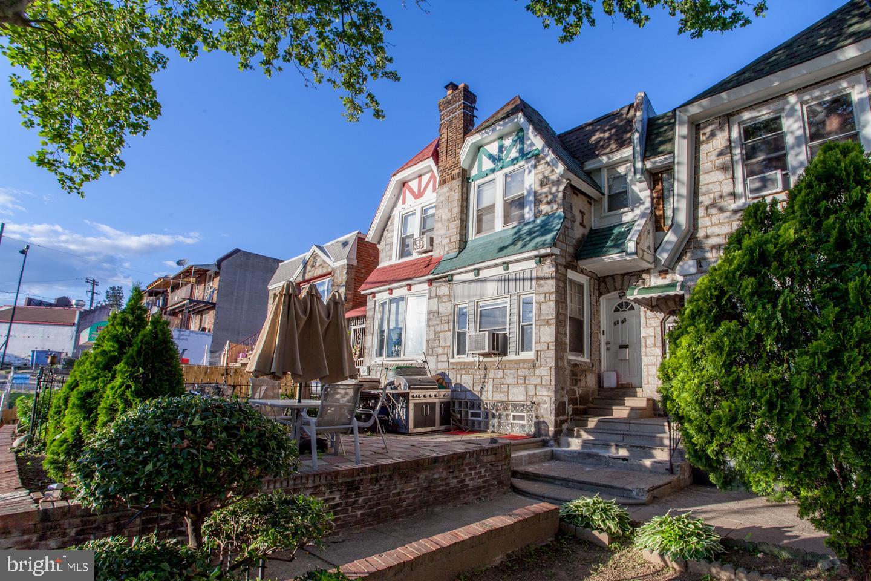 5243 C Street Philadelphia, PA 19120