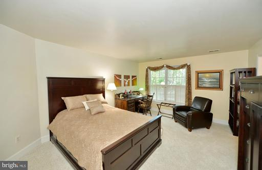 6229 Martins Brandon Way Centreville VA 20120