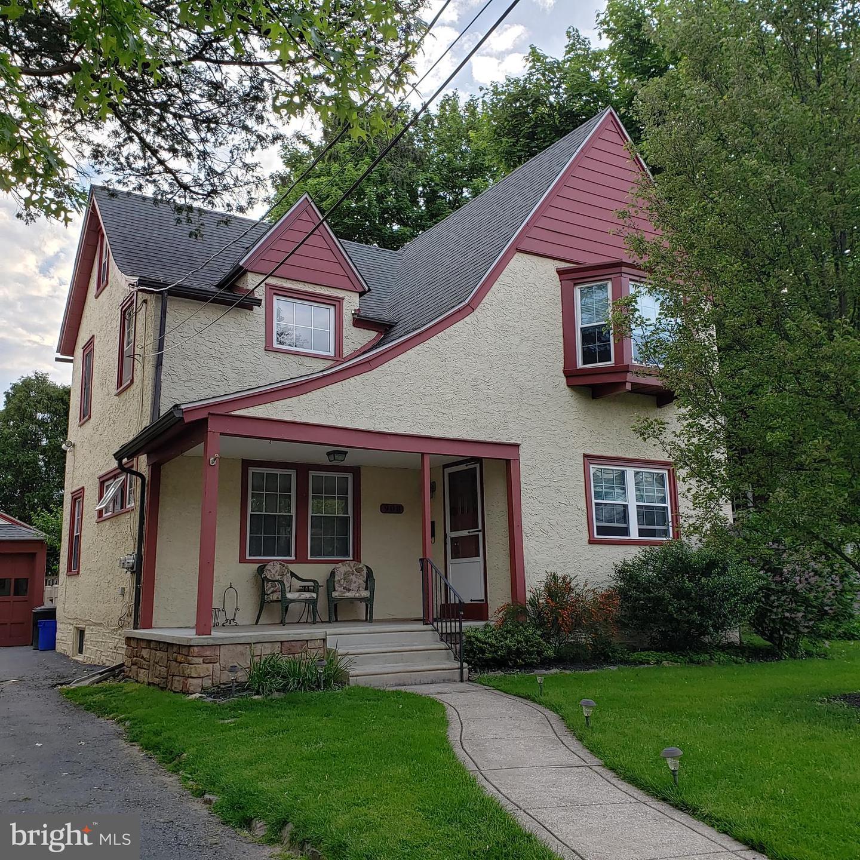 908 Alexander Avenue Drexel Hill, PA 19026