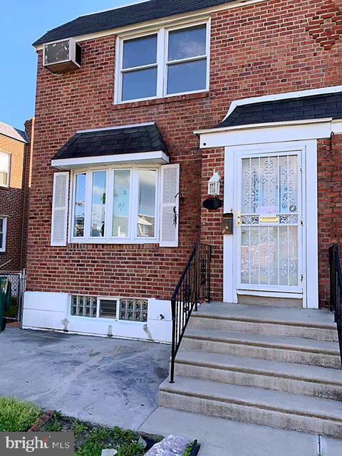3220 Guilford Street Philadelphia, PA 19136