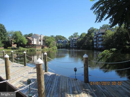 7592-F Lakeside Village Dr