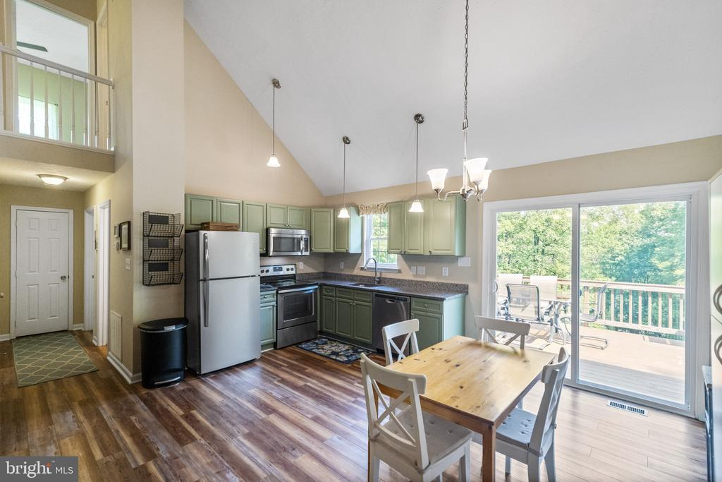 Photo of 512 Rome Beauty Dr