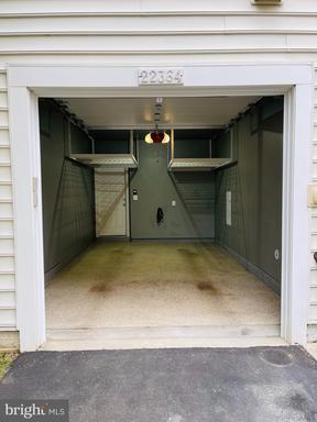 22364 Concord Station Ter Ashburn VA 20148