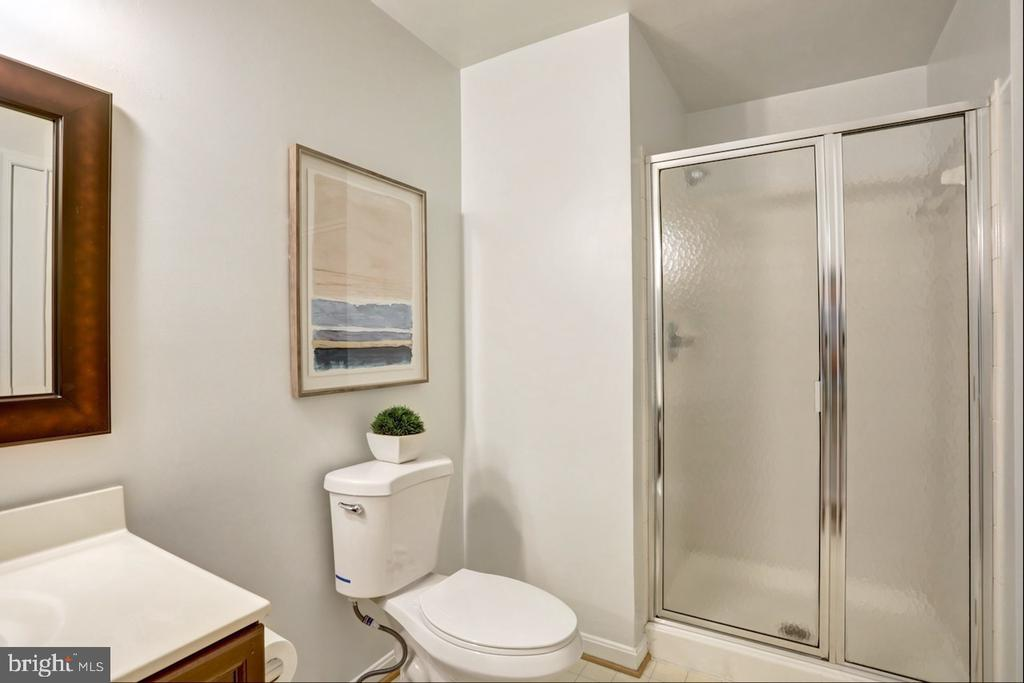 Photo of 2700 Bellforest Ct #401