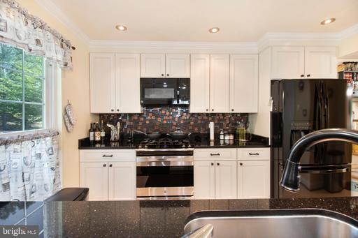 14099 Asher Vw Centreville VA 20121