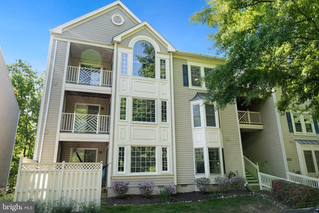 12245 Fairfield House Dr #411a