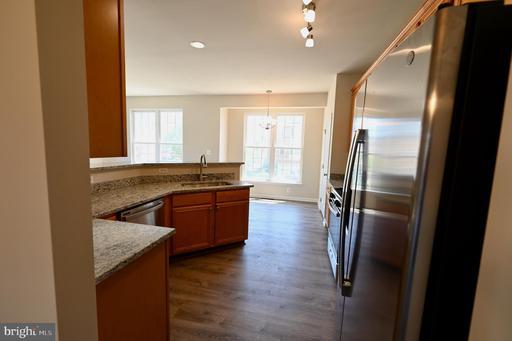 43726 Banshee Heights Ter Ashburn VA 20148