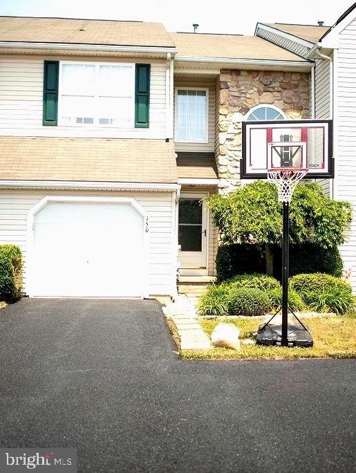 Beautiful, well maintained 3 bedroom 2 1/2 bath townhome located  in a quiet cul-de-sac in The Woods at Lakeside.  This home is in the highly sought after Appoquinimink School District with easy access to Rt. 1 and I-95. Close to shops, restaurants and downtown Middletown.  Fully finished basement,  and newer trex deck overlooking a tranquil backyard to relax and enjoy in the spring and summer months. No HOA and driveway parking. This home won't last long so schedule your showings now!