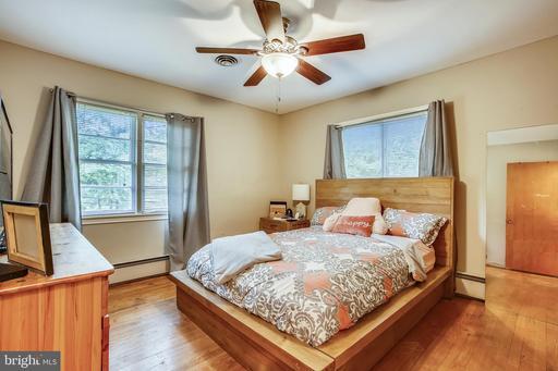 3704 Prosperity Ave Fairfax VA 22031