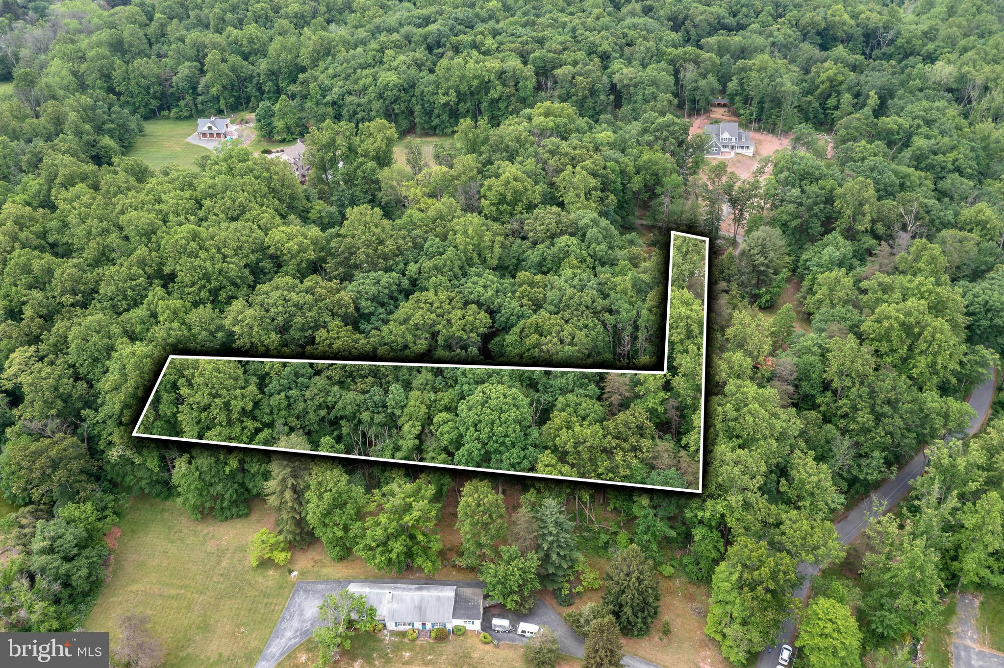 Don't miss this opportunity to build the home of your dreams in North Coventry Township in award winning Owen J Roberts School District!  This beautiful piece of land  is within short walking distance to Coventry Woods Park and open space consisting of 688 acres of mostly mature deciduous forest!  Located on very secluded Evans Road yet close to shopping and schools.