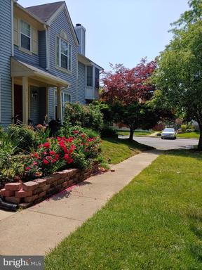 8744 Village Green Ct Alexandria VA 22309