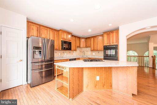 4531 Monmouth St Fairfax VA 22030