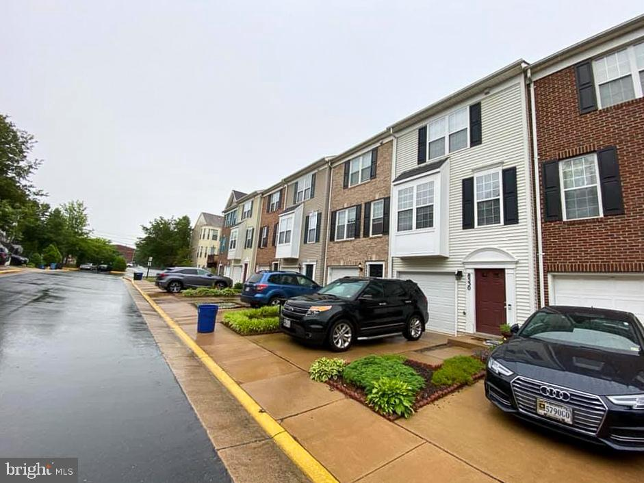 Photo of 8530 Towne Manor Ct