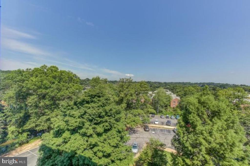 Photo of 6621 Wakefield Dr #410