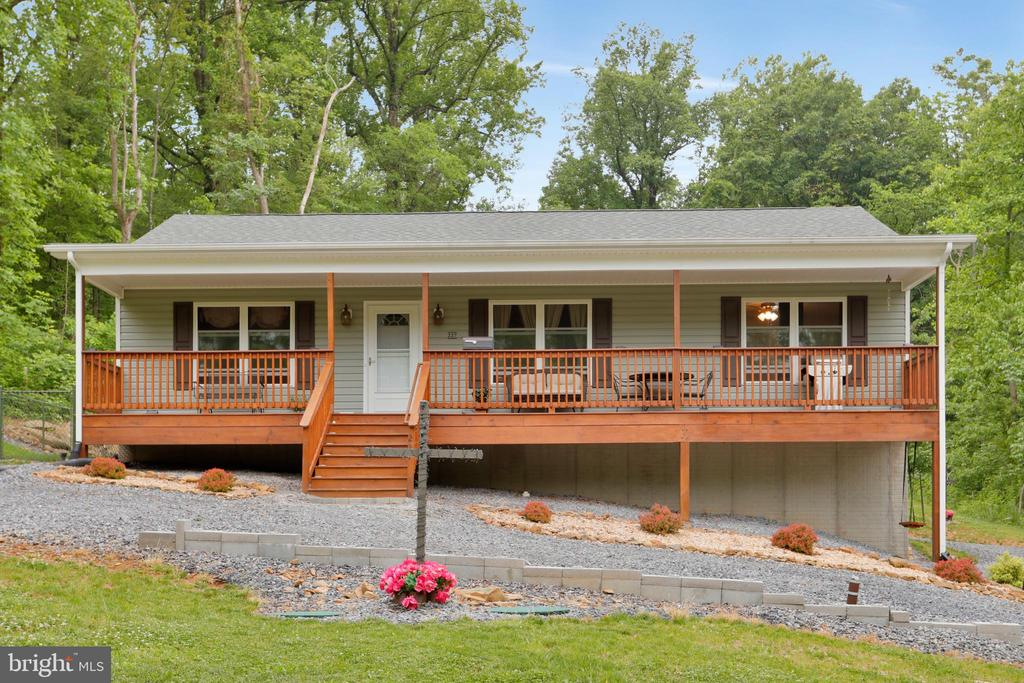 227 Mountain Heights Rd