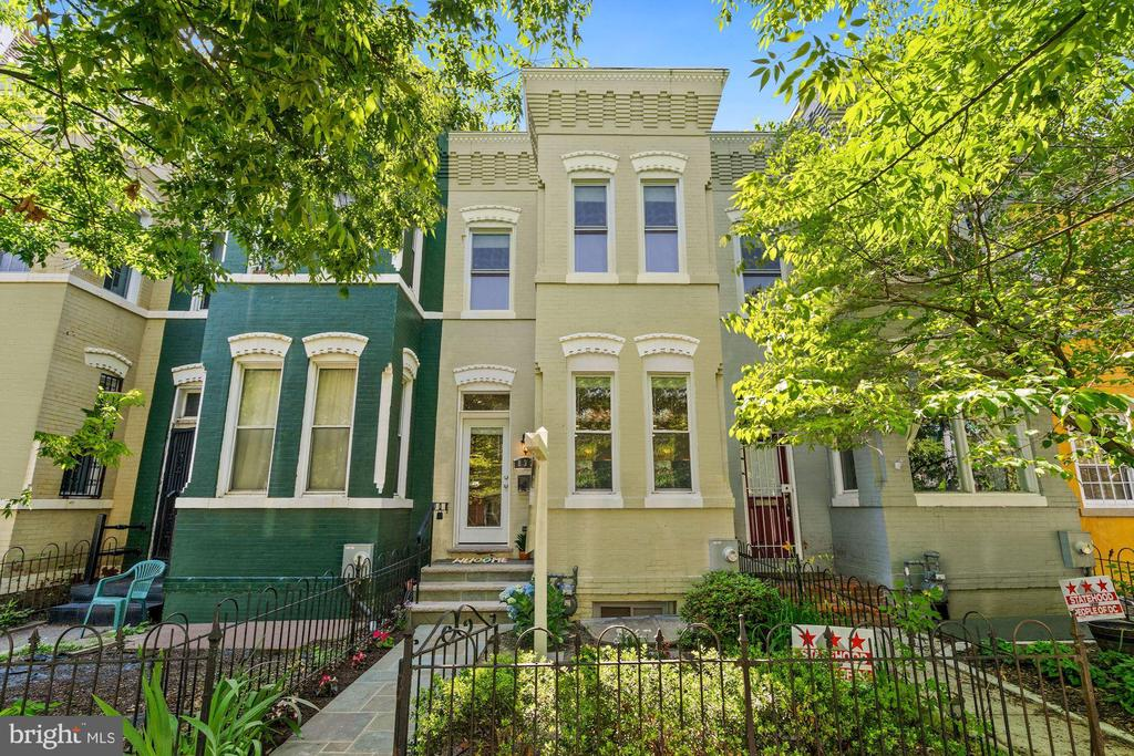 Arguably the best block in the H Street Corridor.  This home was fully gut renovated in 2014 and  the pride of ownership shows in this beautiful 3BR and rarely available 3.5 Bath row home. This home checks all of the boxes! Large and open main level features exposed brick walls, a renovated kitchen, tons of light through the tall windows, and a normal sized powder room! Upstairs you'll find 3 generous sized bedrooms, tall ceilings, 2 full bathrooms, and large closets. Downstairs features an open recreation room, laundry area, full bathroom, and full size window. Fenced in front yard and rear flagstone patio. All of this located just one block from the H Street Whole Foods, tons of restaurants, access to public transportation, and much more. Stay tuned for open house dates, and updated remarks.