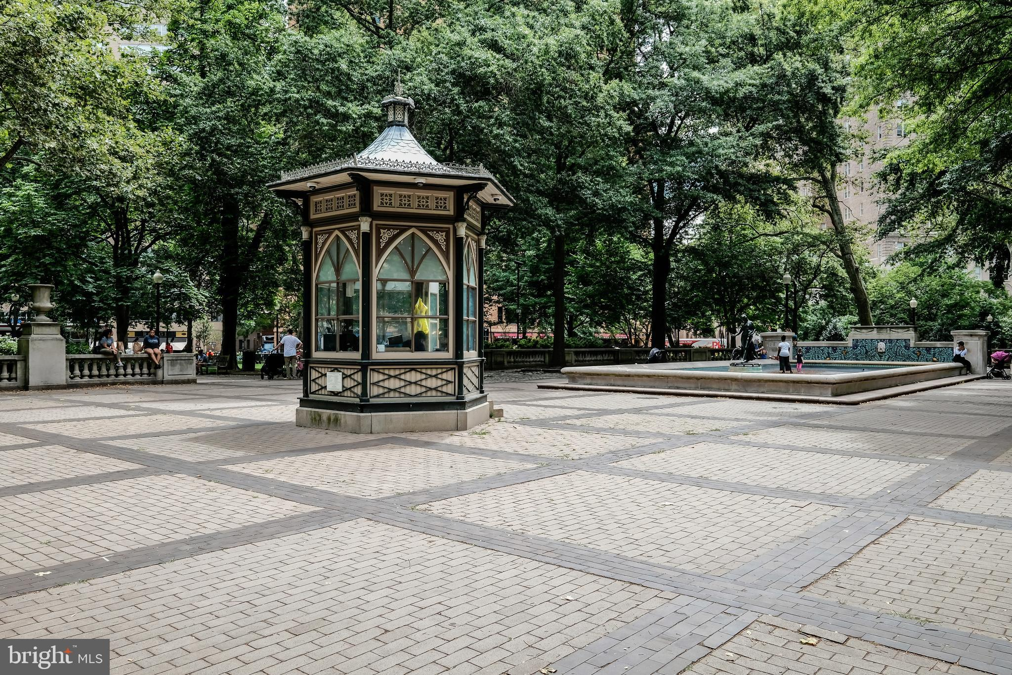 Rittenhouse Square two bedroom, two bathroom home with parking! Hardwood floors throughout and tons of potential!