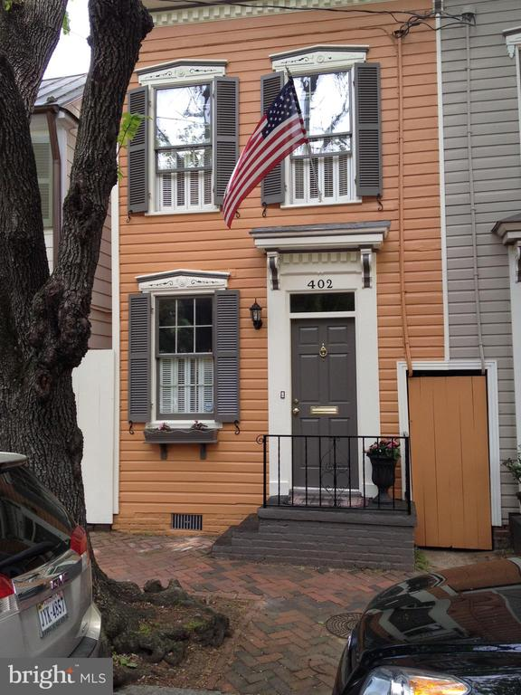 Photo of 402 S Royal St