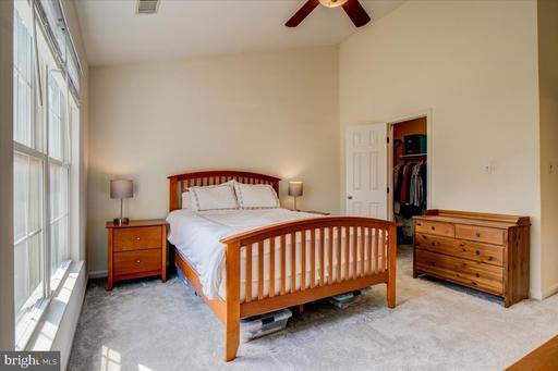 14109 Compton Valley Way Centreville VA 20121