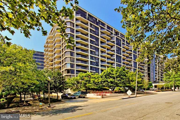 1530 Key Blvd #312, Arlington, VA 22209