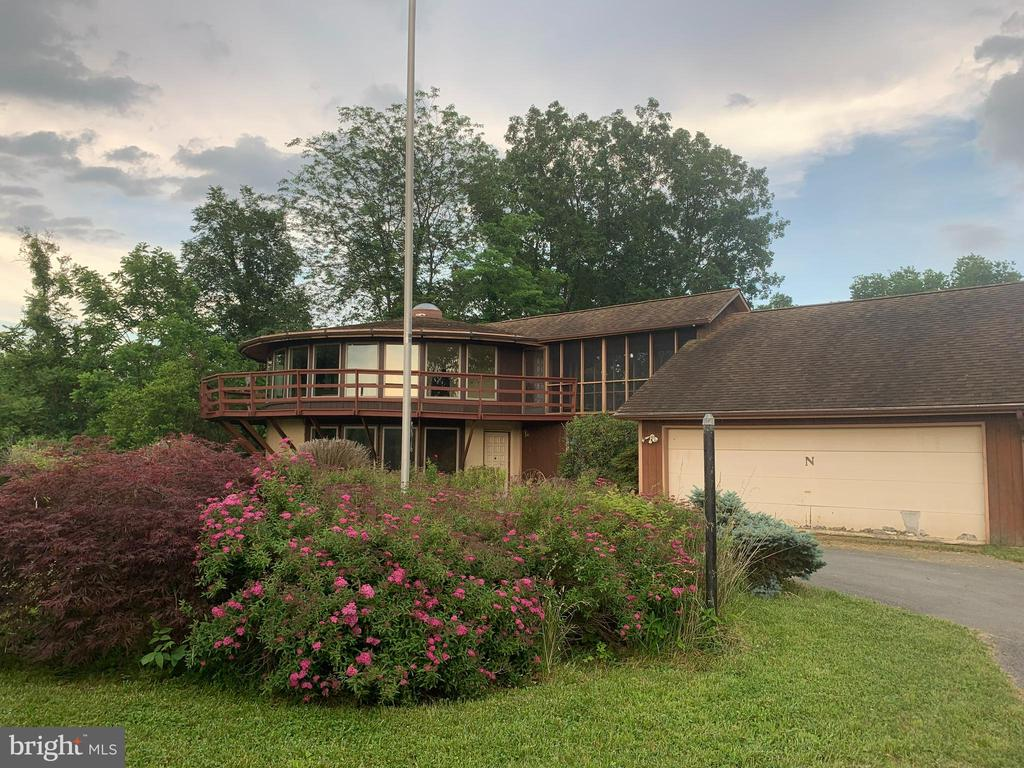 4285 Conicville Rd