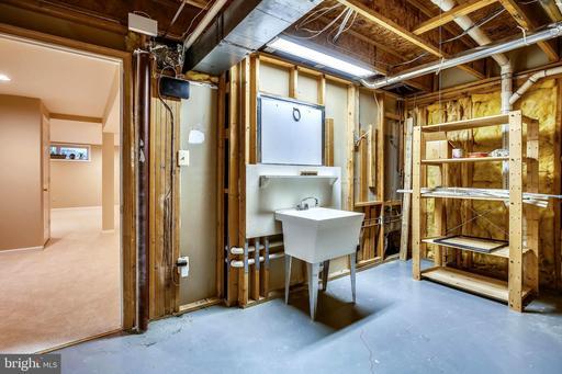 11407 Hollow Timber Ct Reston VA 20194