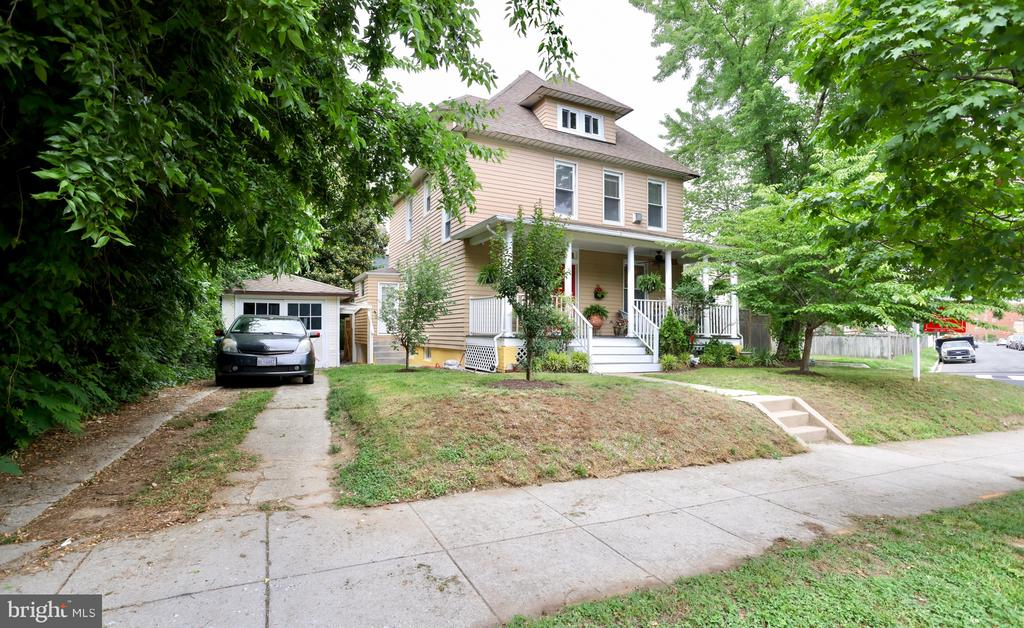 Your dream home awaits you in the coveted area of Brookland!!! This stunning one-of-a-kind  4 bedroom and 4 ½ bathroom home has it ALL! From the minute you pull into your driveway you will notice your perfect white front porch where you can enjoy the hot summer nights from your very own swing. The foyer grants access to all 4 levels of your home with stairs leading to the two upper levels, basement, kitchen, main living room or your private dining room. The main floor features your custom designed kitchen with a colorful twist that boasts stainless steel appliances, ceramic hand painted handles, granite countertops, plenty of cabinet space and finally a built-in glass gallery to store your china. The dining room is spacious with freshly painted walls, recessed lighting, an alluring gold chandelier, and built-in glass shelves to decorate your wall. Making your way to your large sunroom at the end of your home with access and view to your massive enclosed private backyard to round off this floor. Enter into the first upper level where you will find the vast  grand suite with high ceilings, fireplace, walk-in closet, and large windows that allow plenty of natural light flow through-out. The grand suite features its custom designed private full bathroom with stunning  tile work throughout the shower and tub! The massive vanity mirror opens for storage  space! To finish this floor you have your second bathroom and bedroom with high ceilings and two massive windows. You cannot miss out on the second upper level offering 2 good- size bedrooms one with view to the front/side of your home and the other with beautiful view to the backyard. The bathroom is unique with the blue glass tile work. Finally, your basement is the perfect entertainment center with a full kitchenette, wet bar, and  is equipped with a surround sound system and lighting.  Basement also includes your laundry room and utility/storage room. This home is very unique with much more to see!!!! You do not want 